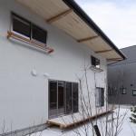 (日本語) 白椿の家